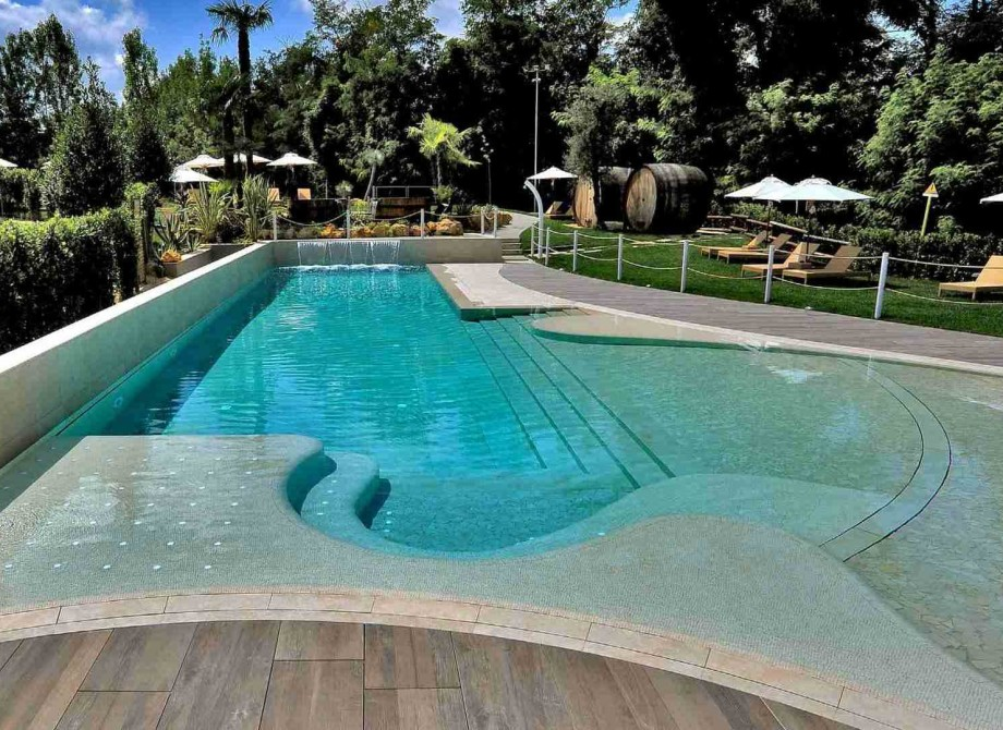 Pronto Klinkerdäck® runt en pool