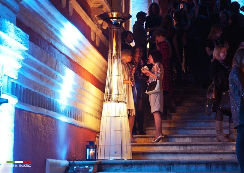 Skapa rätt stämning på festen med en Italkero-lightfire med LED belysning