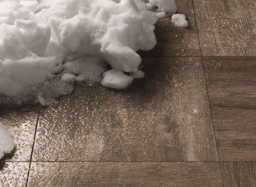 2cm klinker som ser ut som trädäck är underhållsfritt och tål frost du hittar Pronto Klinkerdäck® hos Pronto Kakel®