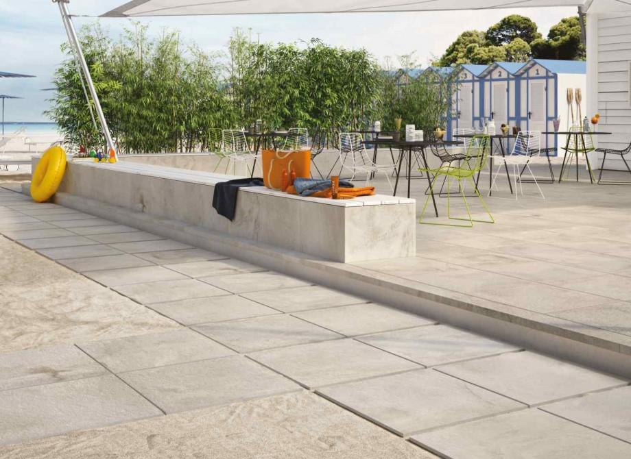 Klinkerplattor upphöjd uteplats som är underhållsfri hittar du hos Pronto Kakel®